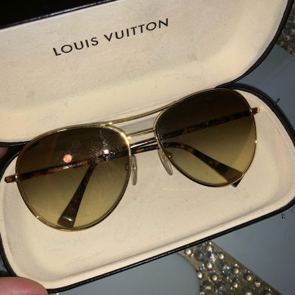 c93ed889e01 Louis Vuitton Pilote Monogram sunglasses